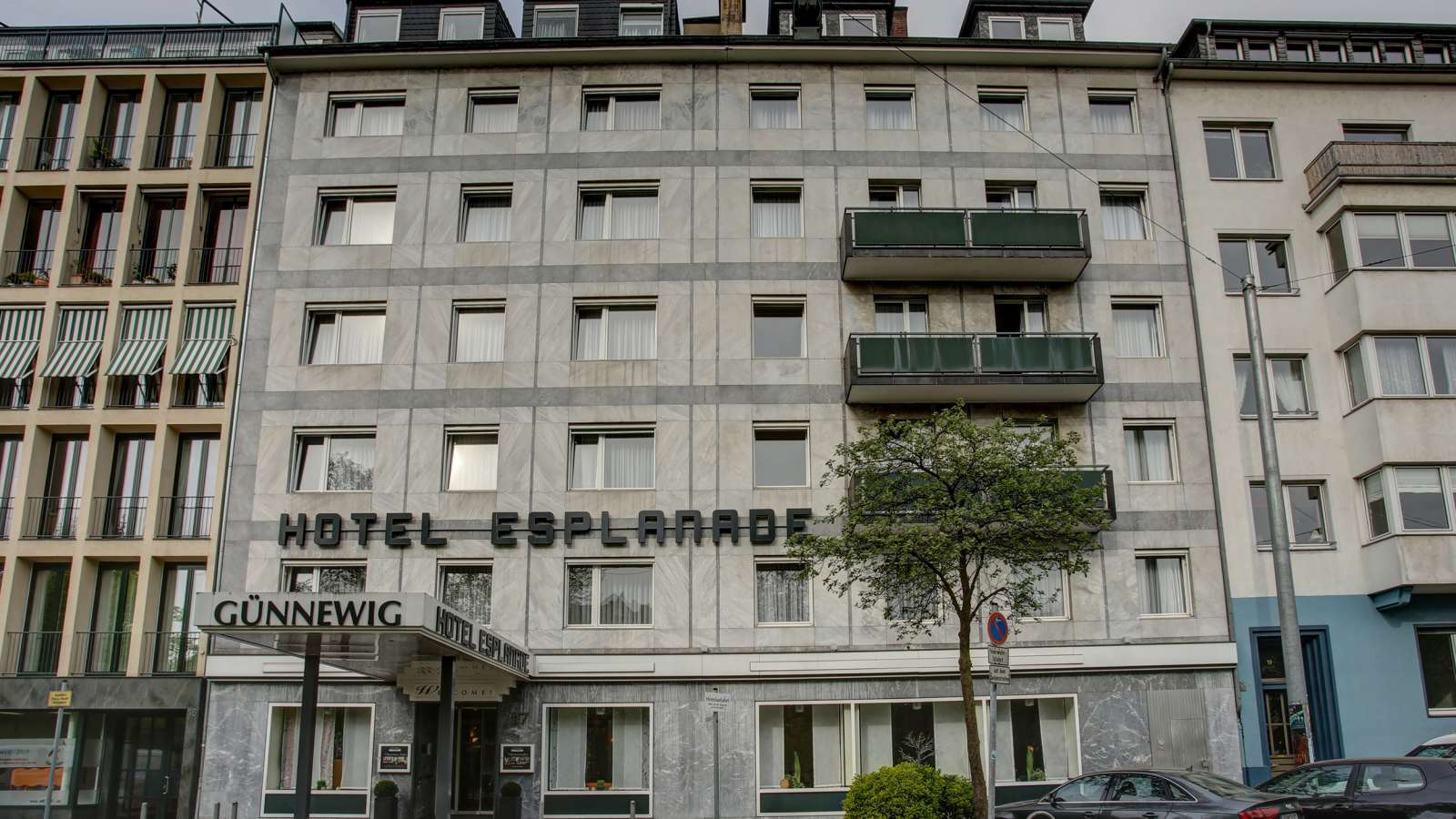 Exterior of the Centro Hotel Esplanade in Düsseldorf