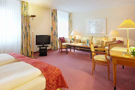 Spacious double room in the Park Hotel Ahrensburg