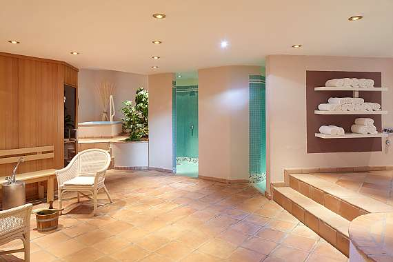 The Park Hotel Ahrensburg's spa area invites you to relax and linger.