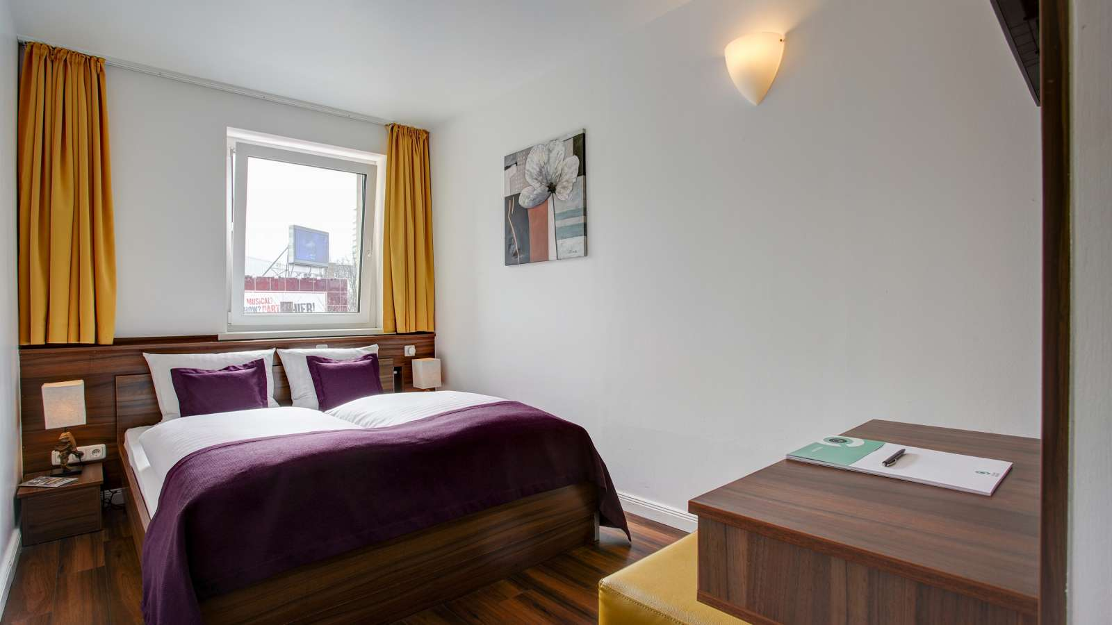 A double room at Centro Hotel North in Hamburgm Centro Hotel North in Hamburg