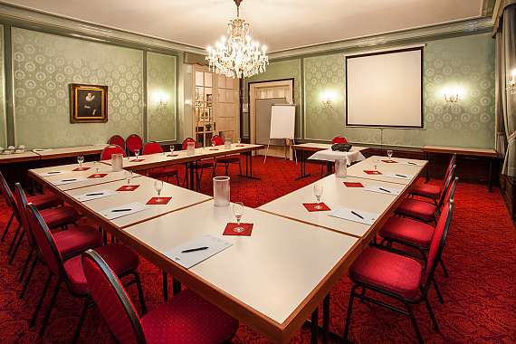 A meeting room at Centro Hotel National Deluxe in Frankfurt