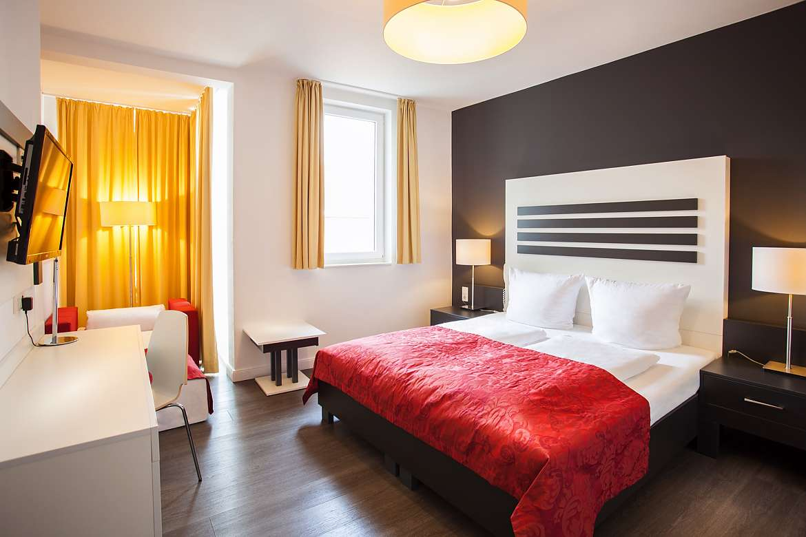 A double room at Centro Hotel Le Boutique in Hamburg