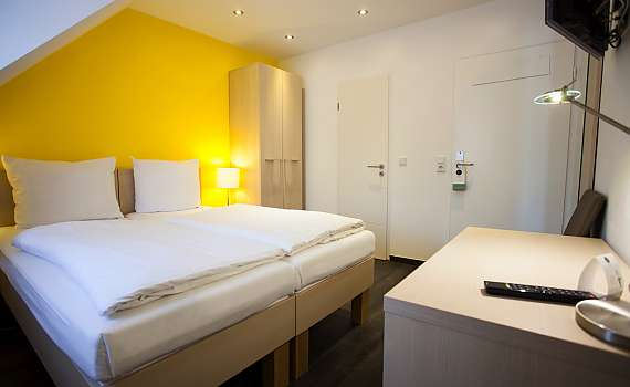 A double room at Centro Hotel Arkadia in Cologne