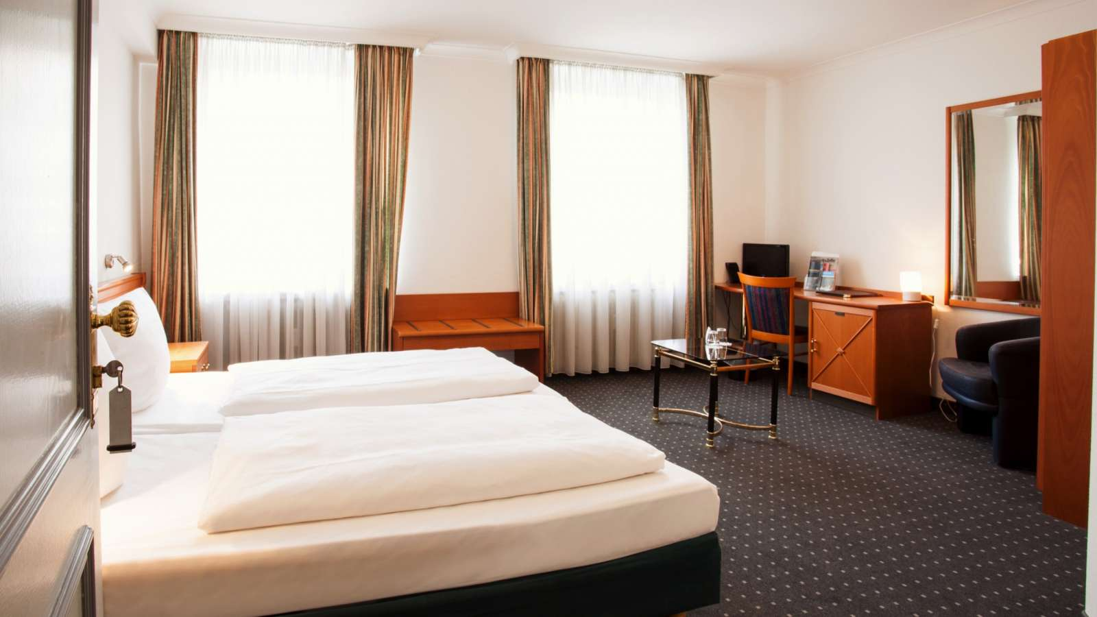 A double room at Centro Hotel Royal in Cologne