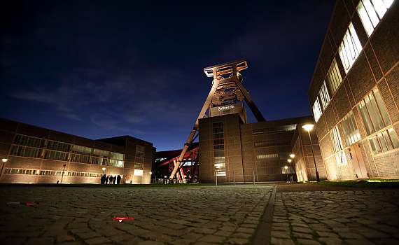 The Centro Hotel in Essen is in the city centre, not far from the Zollverein Coal Mine Industrial Complex.