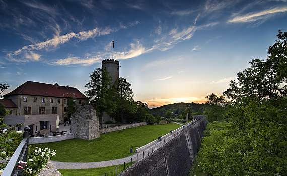 Sparrenburg Castle is located near Centro Hotel Ravensburger Hof Deluxe in Bielefeld