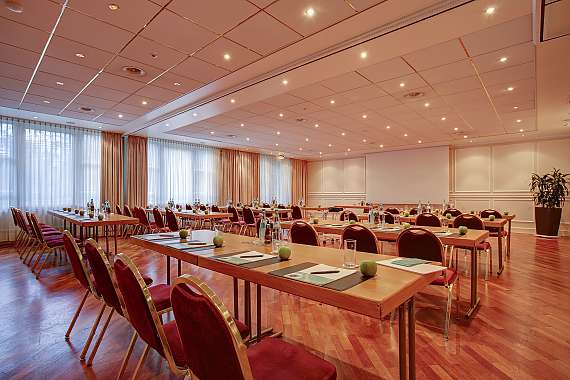 Centro Hotel Residence has 5 event rooms